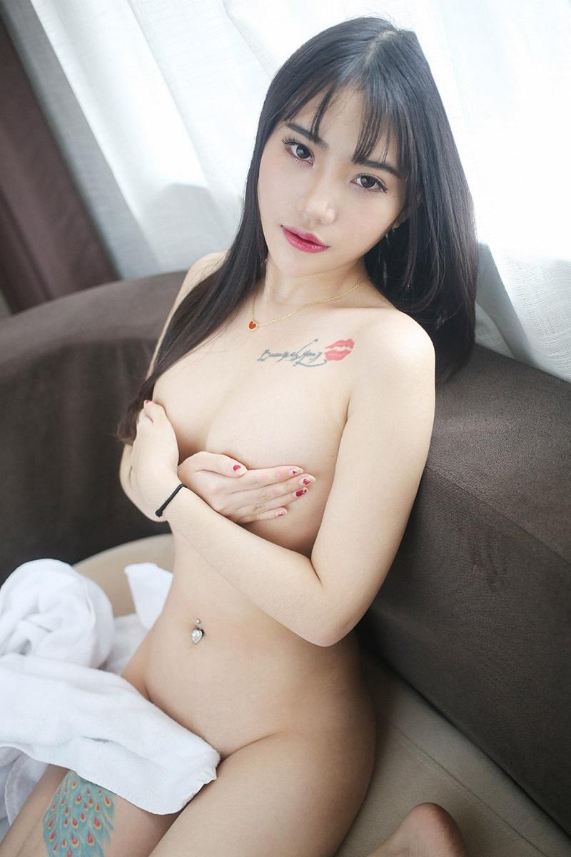 性感女神周研希化身贴心娇媚女仆美女艺术图片