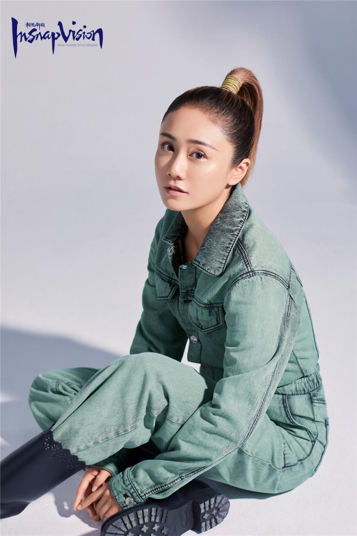 马尾少女刘芸工装帅气随性生活服饰个人杂志写真